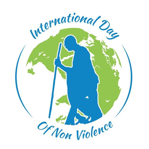 International Day of Non-Violence 2020: किसने दिया है गांधी जी को महात्मा गांधी का नाम, खास दिन पर डालते हैं उनके जीवन पर एक नजर