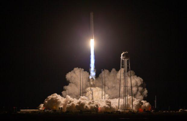 NASA का 'कल्पना चावला का अंतरिक्ष यान' ISS पर 3628 किलोग्राम समान लेकर गया