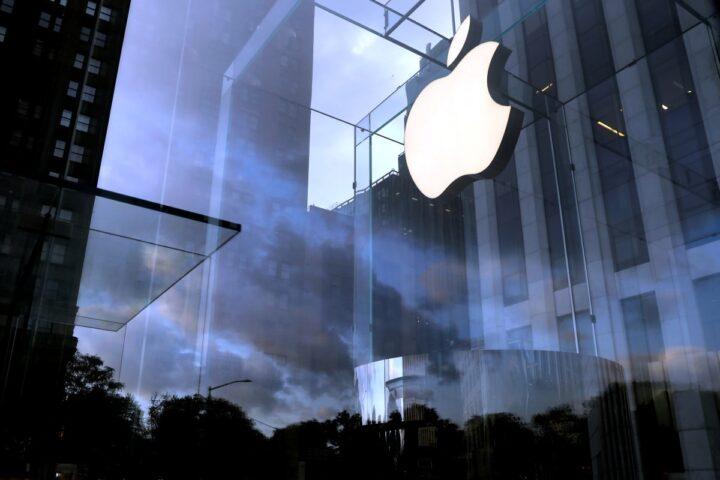 एप्पल ने खोला दुनिया का पहला ऐसा स्टोर जिसकी खूबसूरती देखकर रह जाएंगे हैरान