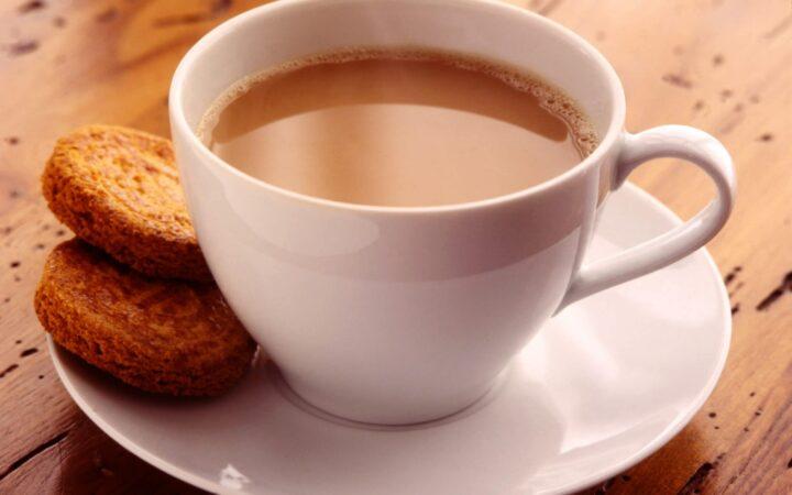 क्या आप भी पीते हैं सुबह खाली पेट चाय, स्वास्थ्य के लिए हो सकता है हानिकारक