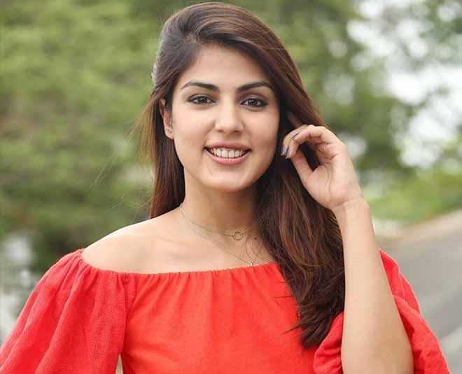 जानें, रिया चक्रवर्ती पर कितनी संगीन लगी हैं ये 5 धाराएं, जिनके तहत हुई है अभिनेत्री की गिरफ्तारी