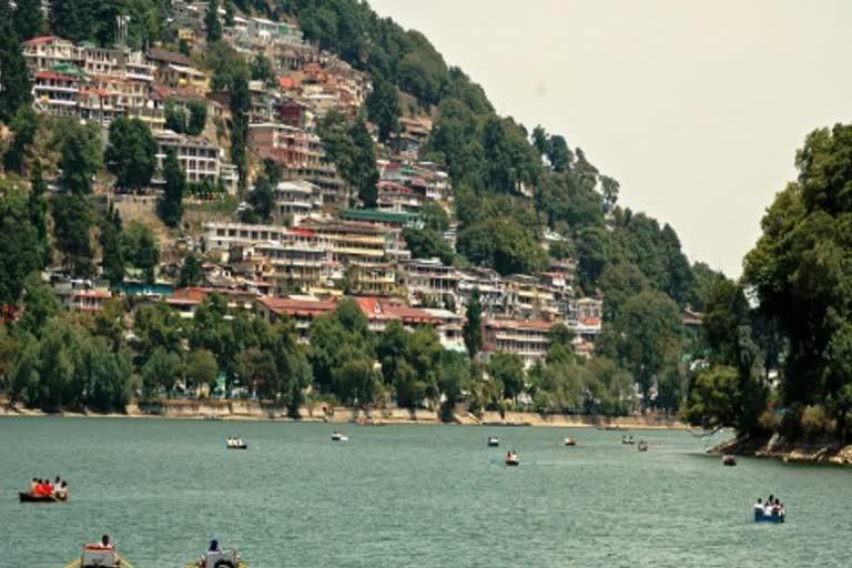 कोरोना के चलते केदारनाथ समेत पर्यटक स्थलों पर 10 लाख से अधिक की बुकिंग रद्द