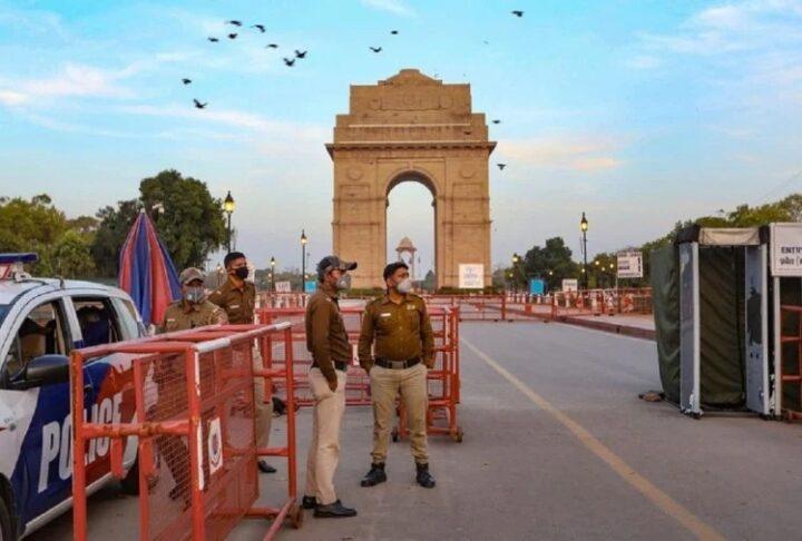 दिल्ली में बढ़ा लॉकडाउन अब 3 मई तक रहेंगी पाबंदियां, oxygen संकट जारी