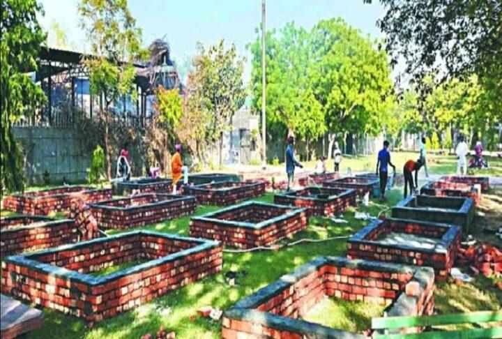 दिल्ली के हाल बेहाल , अब पार्कों में होंगे अंतिम संस्कार