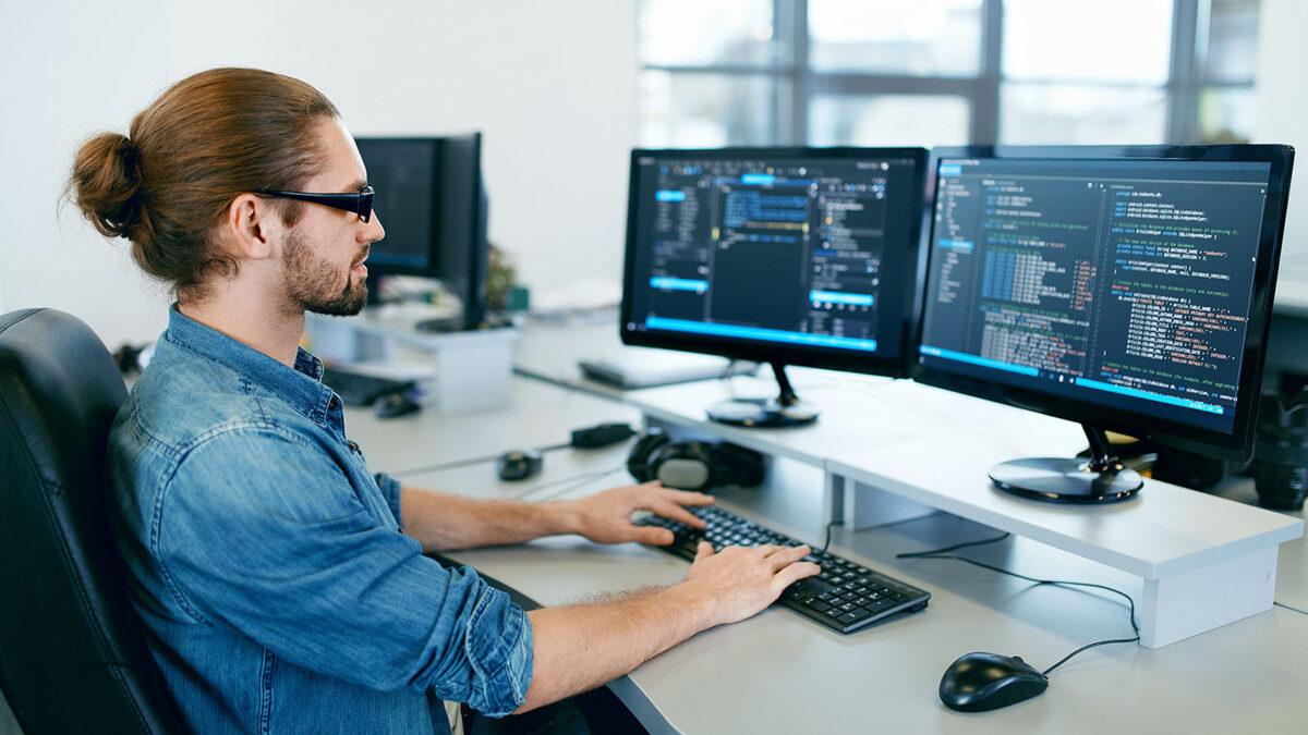 कैसे बनें software Engineer, यहां जानें पूरी जानकारी