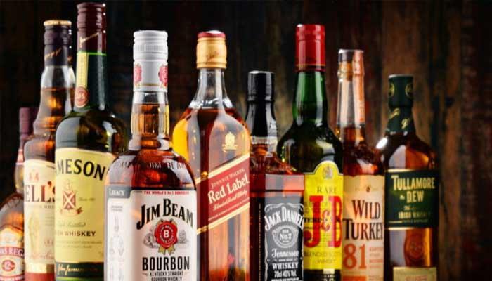 यूपी: आज से शराब हुई महंगी, 10 से 40 रुपये तक बढ़े दाम
